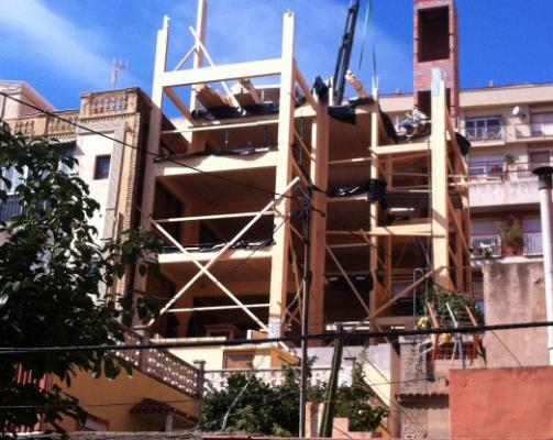 House Habitat construye el edificio con estructura de madera más alto de Barcelona